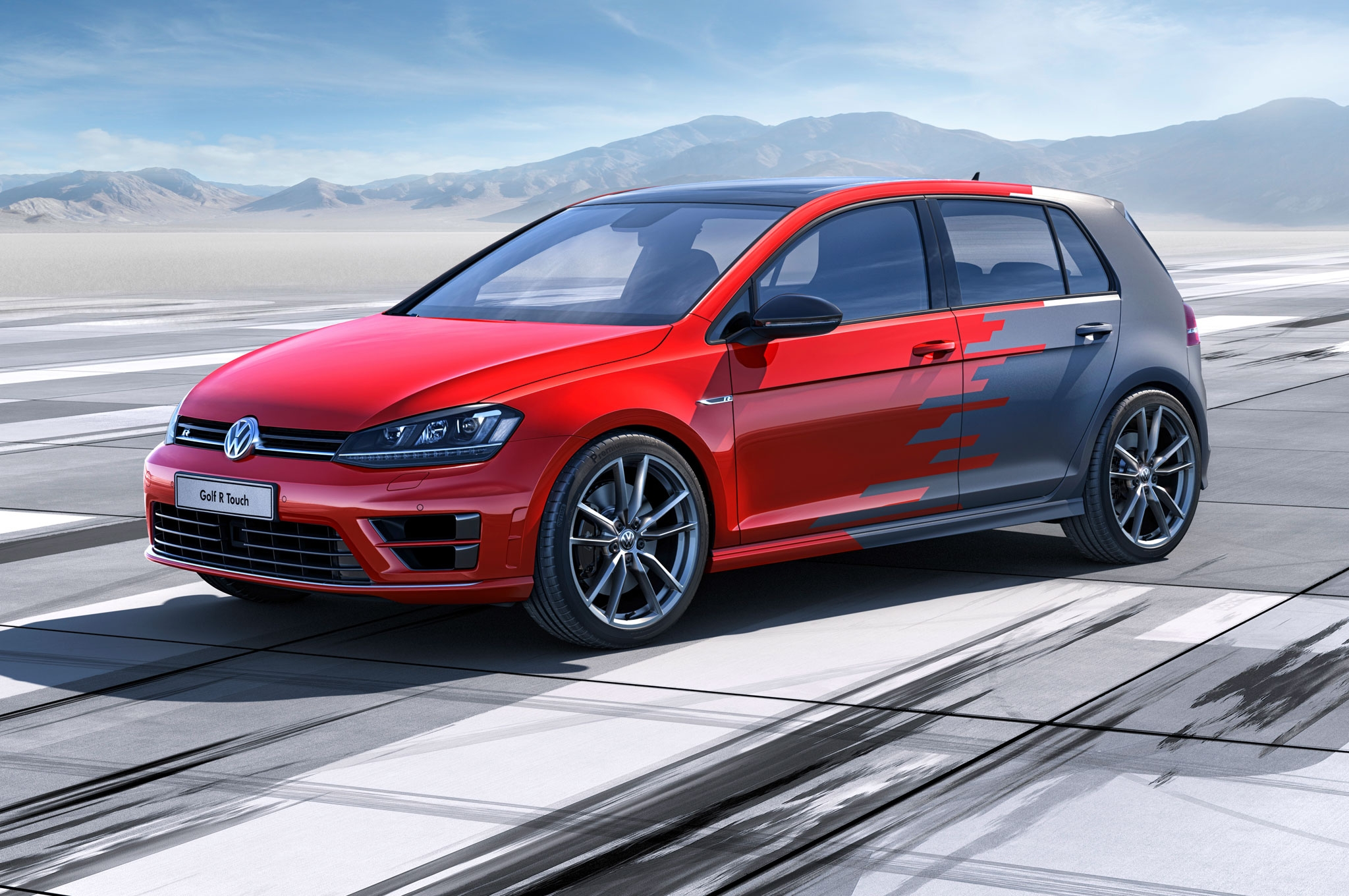 vw-golf-r-touch-gesture-control-car