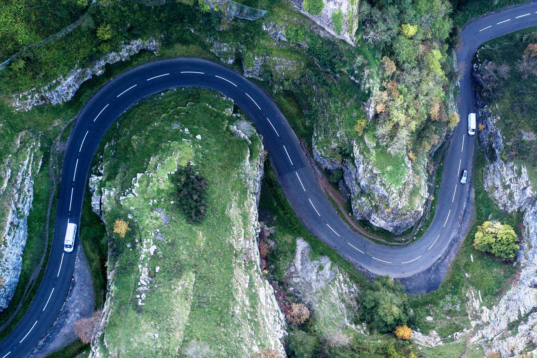 Cheddar-Gorge-Best-Driving-Roads